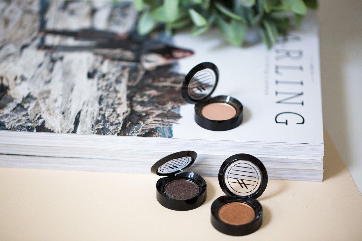 Makeup Bag Monday 40 Ardency Inn Manuka Honey Enriched Pigments