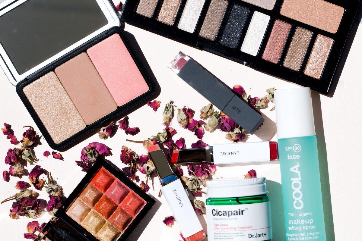 makeup bag monday 51