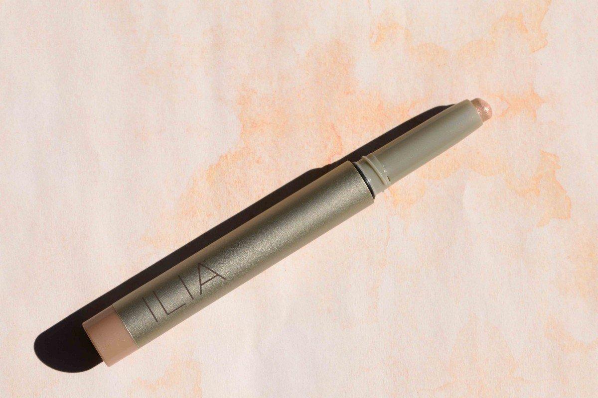 Ilia eyeshadow crayon