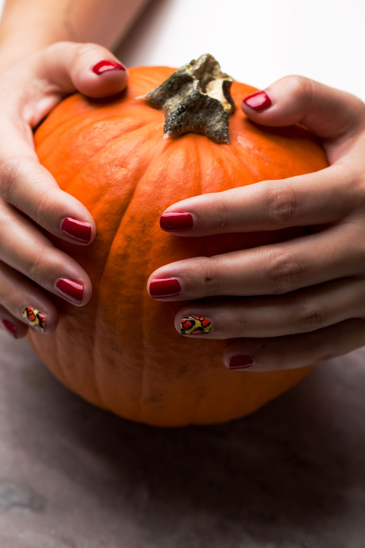 Fall Inspired Nails manicure at home